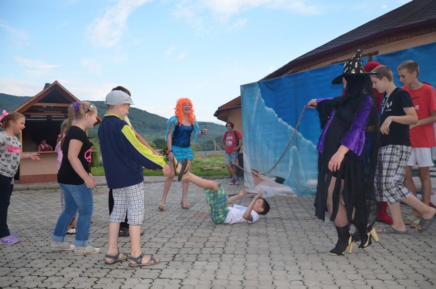 Луганский-национальный-театр-санаторий-теплица-2014