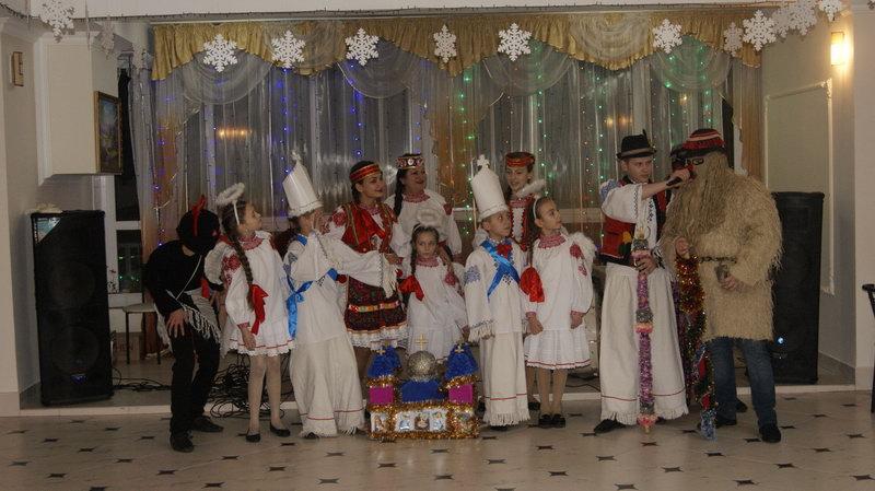 cв'яткування-нового-року-й-різдва-христового-в-теплиці