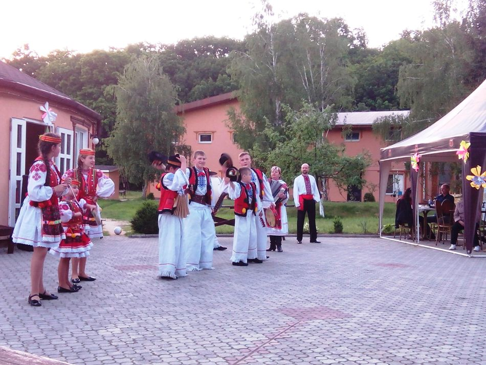 фестиваль-виноградарей-виноделов-2016-теплица